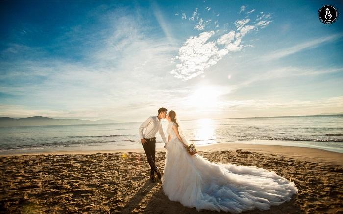 Hãy trao đổi Bí quyết chọn studio chụp ảnh cưới vừa ý nhấttiếp với studio để nhận được bức hình đẹp nhất nhé